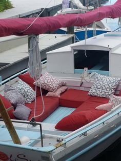 I could live on this boat @casademorada
