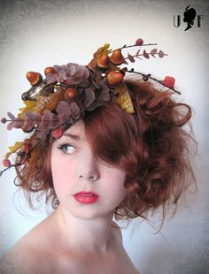 a fall fascinator with a wee bit o' mustard and grey