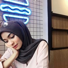 """647 Likes, 8 Comments - Fita Wulansari (@fitawlnsr) on Instagram: """"If it comes;let it. If it goes;let it. 