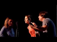 "Fiona Apple and the Watkins Family Hour cover ""Jolene"" by Dolly Parton 9/21/11"