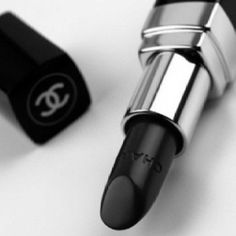 Chanel Baroque Rouge Coco Lipstick Revie… - Top Of The World Black N White, Black Love, Black Is Beautiful, Big Black, Hello Gorgeous, Coco Chanel, Chanel Black, Chanel Creme, Black White