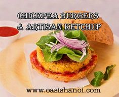 A recipe for extremely tasty vegetarian burgers and a way to make your own ketchup. Ideal for summer days and very easy and fast to prepare. So tasty it will Vegetarian Burgers, Chickpea Burger, Hanoi, Ketchup, Grocery Store, Oasis, Artisan, Ethnic Recipes, Food
