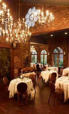 One if by Land, Two if by Sea Restaurant. This was once Aaron Burr's townhouse, judged by Conde Nast Traveler to be one of the most romantic restaurants in NYC. Restaurant New York, Restaurant Design, Restaurant Ideas, Restaurant Layout, Brooklyn Restaurant, Luxury Restaurant, Restaurant Interiors, Restaurant Offers, Most Romantic