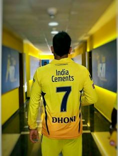 follow me if u r true msdian  @ ms Dhoni and cricket