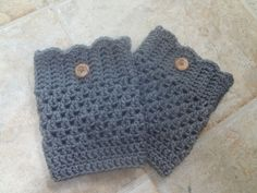 Free Crochet Boot Cuff Pattern Boot Cuffs Yes I've Been Wanting To Make These Crochet Mug Cozy, Knit Or Crochet, Crochet Crafts, Yarn Crafts, Free Crochet, Crochet Things, Crochet Boots, Crochet Gloves, Crochet Slippers