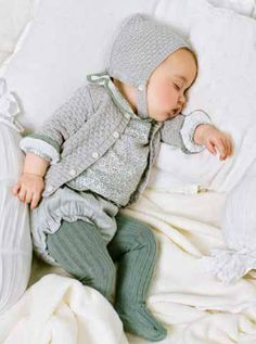 Baby clothes and outfit ideas for baby boy & girl + cute gender neutral patterns. - Baby clothes and outfit ideas for baby boy & girl + cute gender neutral patterns So Cute Baby, Baby Kind, Baby Love, Cute Babies, Baby Baby, Dream Baby, Fashion Kids, Baby Girl Fashion, Fall Fashion
