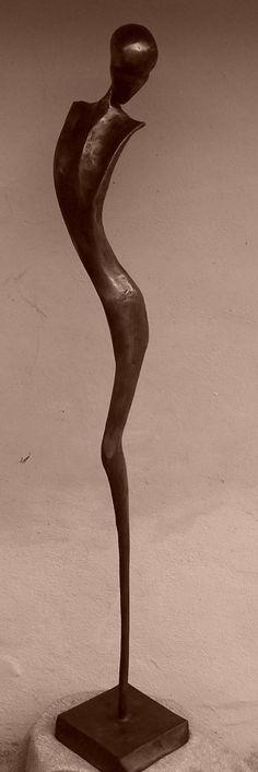 the woman dancer (pukaea)