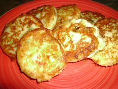 Fried Mashed Potato Cakes www.khenry.SBC90.com Leftover mashed potatoes (I had just over 3 cups) 1/2 C. shredded cheddar cheese 2 scallions, sliced thin 1 T. bacon bits or pieces 1 egg 1/2 C. flour 2 T. vegetable oil First...this is what I put in mine, but you can add anything to these potatoes, just always use the 1 egg 1/2 C flour ratio. Combine all ingredients and mix well, you want the mixture to be sort of like a dough but not too thick. Heat oil in a large skillet. Using a large ...