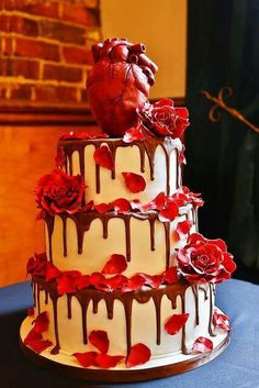 .minus the heart find a different cake topper