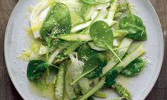 Skye Gyngell's spinach, fennel and asparagus salad: A salad for a party. Photograph: Colin Campbell for the Guardian