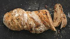 Tradiční italský chléb je nejlepší ještě teplý. Podávejte jej například k čerstvému salátu nebo k mozzarelle – je to vynikajicí italská pochoutka!