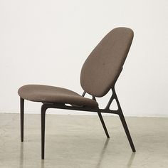 Basic Lounge Chair