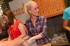 Kellie Pickler Joins Fight Against Child Hunger   Billboard.com
