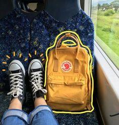 รูปภาพ yellow, grunge, and aesthetic - Gelb Mochila Kanken, Kanken Backpack, Picsart, Tmblr Girl, Art Hoe Aesthetic, Aesthetic Vintage, Aesthetic Grunge, Instagram Story Ideas, Artsy