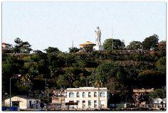 Detalle de la foto Cristo de La Habana y poblado Casa Blanca.. Paris Skyline, Dolores Park, Travel, Christ, Home, Havana, Islands, Viajes, Destinations