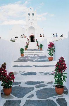 { travel :: crisp whites + bold florals, church of chrysopigi, sifnos, greece }