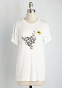 No Harm, No Fowl Tee. Theres no shame in telling a cheesy joke, but if you cant seem to get the words right, let this comical tee speak for you! #white #modcloth