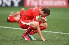 Stephan Lichtsteiner hadert mit sich: Von ihm war der entscheidende Fehler, der zum Siegtor der Argentinier führte, ausgegangen.