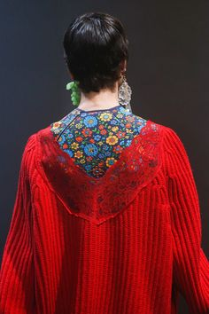 Balenciaga Spring 2018 Ready-to-Wear Accessories Photos - Vogue #weartoworkspring