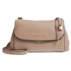 Women's Marc Jacobs The Grind Boho Leather Shoulder Bag (1.295 BRL) ❤ liked on Polyvore featuring bags, handbags, shoulder bags, light slate, flap shoulder bag, shoulder strap handbags, brown purse, brown leather handbags and genuine leather shoulder bag