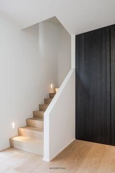 Artisan Chloré 2 Source by Staircase Wall Decor, House Staircase, Modern Staircase, Staircase Design, Staircase Ideas, Interior Stairs, Interior And Exterior, Interior Design, Painted Stairs