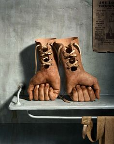 <p>Working within the realms of both art and commerce, Hugh Kretschmer is a Los Angeles-native photographer whose work is influenced by the artistic background of his family. His 22-year career is mar