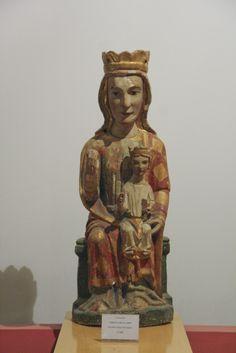 Virgen románica. Virgen con el Niño, siglo XIII. Catedral de Astorga.