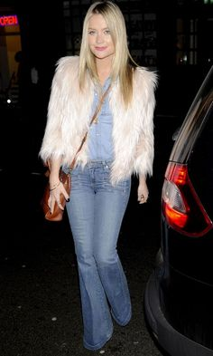 Laura Whitmore Nails The 70s Trend