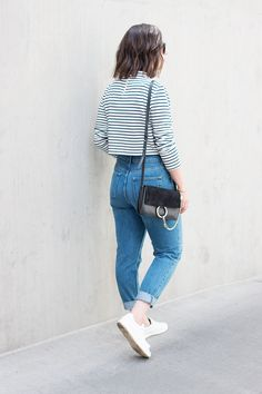 How to style mom jeans More Clothing, Shoes & Jewelry : Women : Clothing : jeans http://amzn.to/2kg5zfy