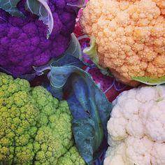 Rainbow of #cauliflower at the 97th Street Greenmarket in #Manhattan! Pic via mhtngreenmarkets on Instagram #farmersmarketnyc