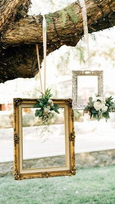 Picture Booth, Picture Frame Decor, Wedding Picture Frames, Photo Booth Frame, Wedding Frames, Wedding Photo Booths, Wedding Photo Backdrops, Outdoor Photo Booths, Vintage Picture Frames