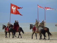 Świnoujście Dni Twierdzy 2015  Husaria na plaży. #dnitwierdzy #husaria Camel, Horses, Animals, Animales, Animaux, Camels, Bactrian Camel, Horse, Animal