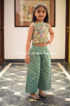 Ideas For Children Clothes 2019 - Kids designer dresses - Kids Dress Wear, Kids Gown, Frocks For Girls, Little Girl Dresses, Kids Indian Wear, Kids Ethnic Wear, Indian Dresses For Kids, Baby Frocks Designs, Kids Frocks Design