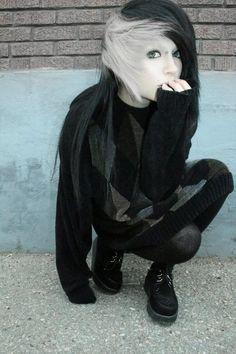 Lauren Von Reyes | i love black and white hair <3