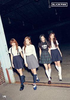 YG Entertainment finally named the new girl group is BLACKPINK. New Girl, 2ne1, Blackpink Fashion, Korean Fashion, Forever Young, Kpop Girl Groups, Kpop Girls, Super Junior, Girls Group Names