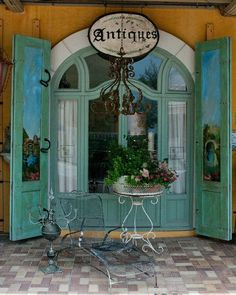 I love this vintage scene...I love the color...it is my favorite...
