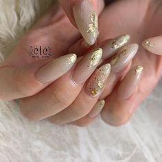 """nail salon on Instagram: """"グレージュでお任せネイル💅🏻 最近華やかカラーが多めだったので、 今回は肌馴染み良いグレージュのオーダー🐰💓 ニュアンスデザインで抜け感も✨ いつも可愛い可愛い褒めてくださり嬉しいです😢❤️ 次回はブルーネイル楽しみです💙 @dorux_gel_nail 302.191.76🧸…"""""""