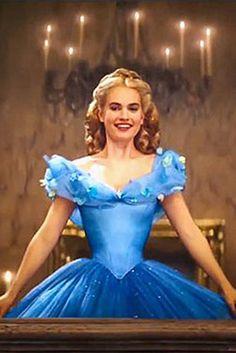 If Disney's Live-Action Cinderella Had Her Natural Waistline