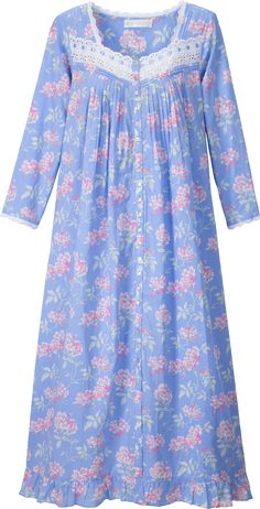 Eileen West Cherry Blossom Robe: Cherry blossoms are held in great esteem in… Night Gown Dress, Cotton Nighties, Nightgown Pattern, Pajama Outfits, Night Dress For Women, Designs For Dresses, Nightgowns For Women, Pakistani Dress Design, Indian Designer Outfits