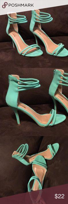 Mint green heels Mint green cute heels! Comfortable, worn twice. Size 8. Soft material. Shoes Heels