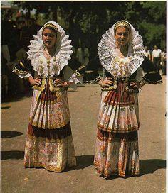 costume feminile di quartucciu | Flickr - Photo Sharing!