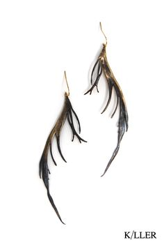 K/LLER COLLECTION E1  HALF BLACKENED BRASS FEATHER EARRING
