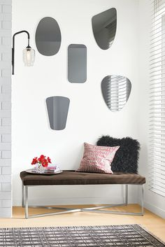 Modern Gaze Oval-Shaped Mirror in Clear Silver Furniture, Entryway Furniture, Modular Furniture, New Furniture, Rustic Furniture, Furniture Design, Bathroom Furniture, Mirror Inspiration, Modern Throw Pillows
