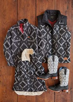 The Ariat x Pendleton Collection combines Ariat's key design principles—authentic equestrian heritage and genuine style and comfort—with Pendleton's luxurious wool textiles and iconic designs. Cowgirl Fashion, Cowgirl Style, Key Design, Icon Design, Equestrian, Fabric Design, Men Casual, Textiles, Wool