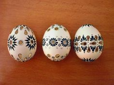 Egg Tree, Cute Easter Bunny, Egg Decorating, Easter Eggs, Projects To Try, Hand Painted, Patterns, Travel, Wood