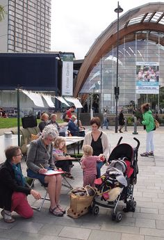 Lynne Chapman - Drawing the Summer  event in Sheffield - Sketching in Tudor Square