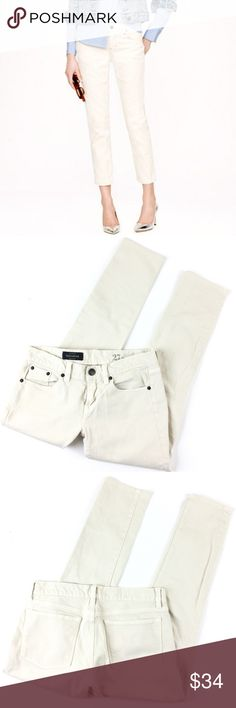 J. Crew Toothpick Ankle Jeans J. Crew Toothpick Pants in off-white made of cotton + 2% elastane in a size 27. Excellent condition (no rips, stains, fading). Retail $79.50. J. Crew Jeans Ankle & Cropped