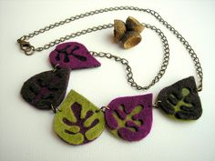 """""""double-layered"""" felted leaves as necklace - so beautiful"""