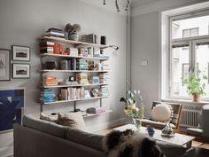 Historiska hem Scandinavian Interior, Pergola, Bookcase, New Homes, Shelves, Interior Design, Inspiration, Home Decor, Nest Design