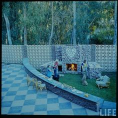 LOVE- Jayne Mansfield's Pink Palace (L.A./ California)